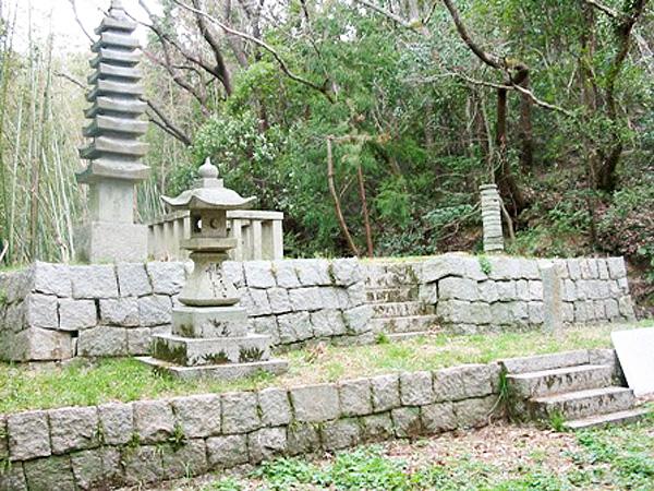 藤原成親遺跡