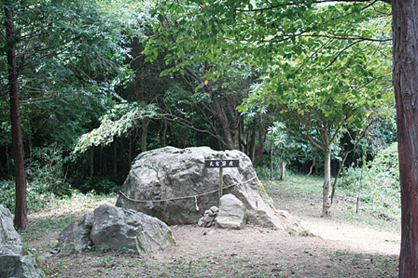 社殿がなかった時代の神社の姿