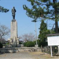 犬養木堂の銅像