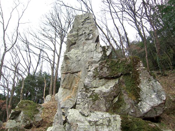 12-天柱岩